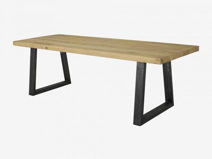 Industriele eikenhouten tafel Levi met trapezepoot.