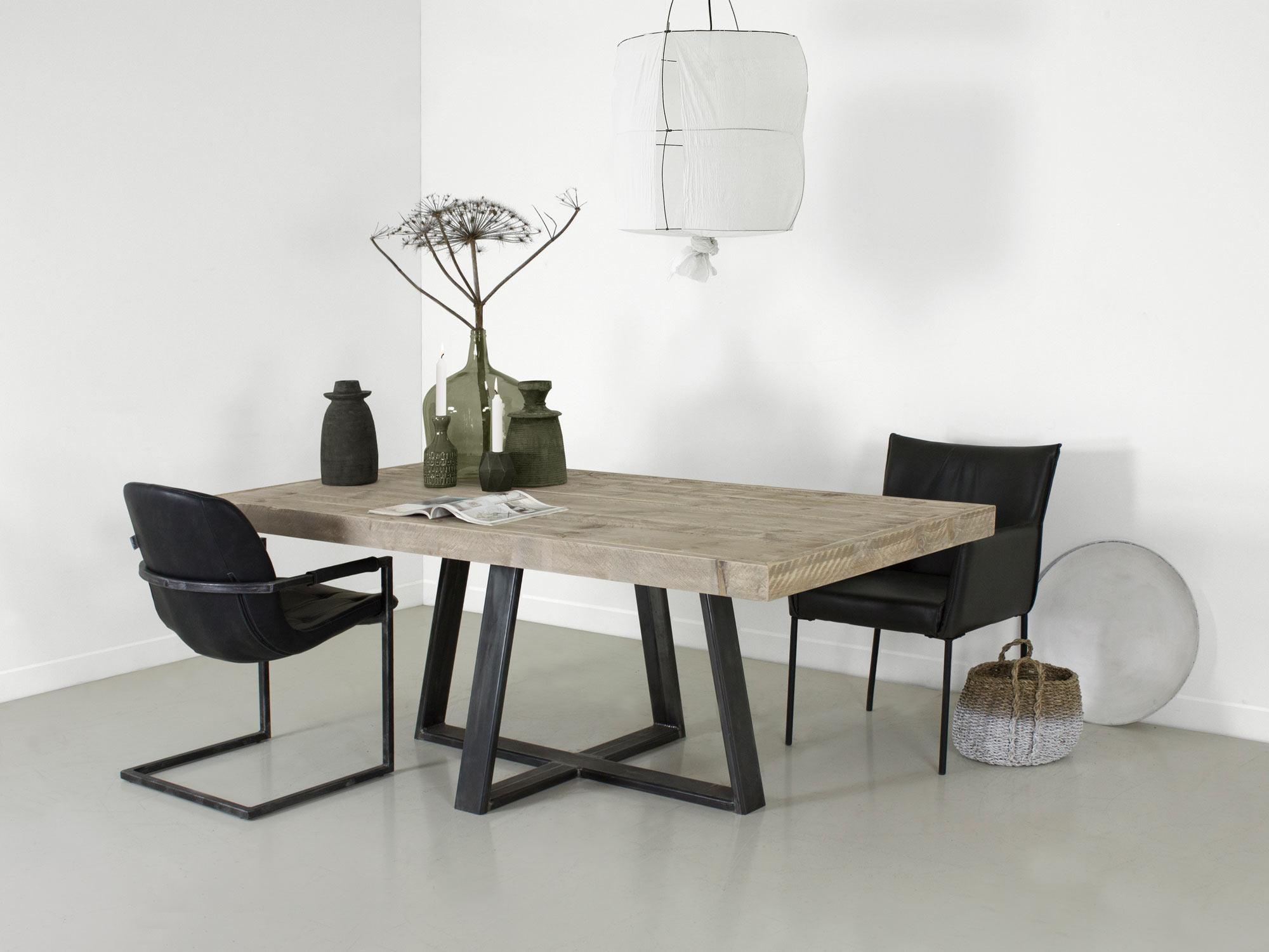 Ijzeren Onderstel Tafel : Industriële tafel met stalen middenpoot steigerhoutenmeubelshop