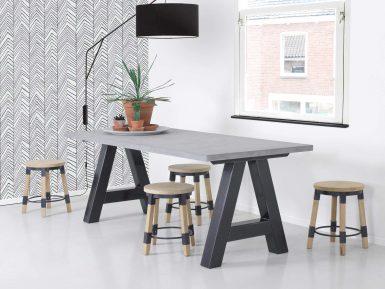 tafel Aaron beton en stalen A poot