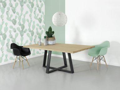 Industriele eikenhouten tafel Stijn