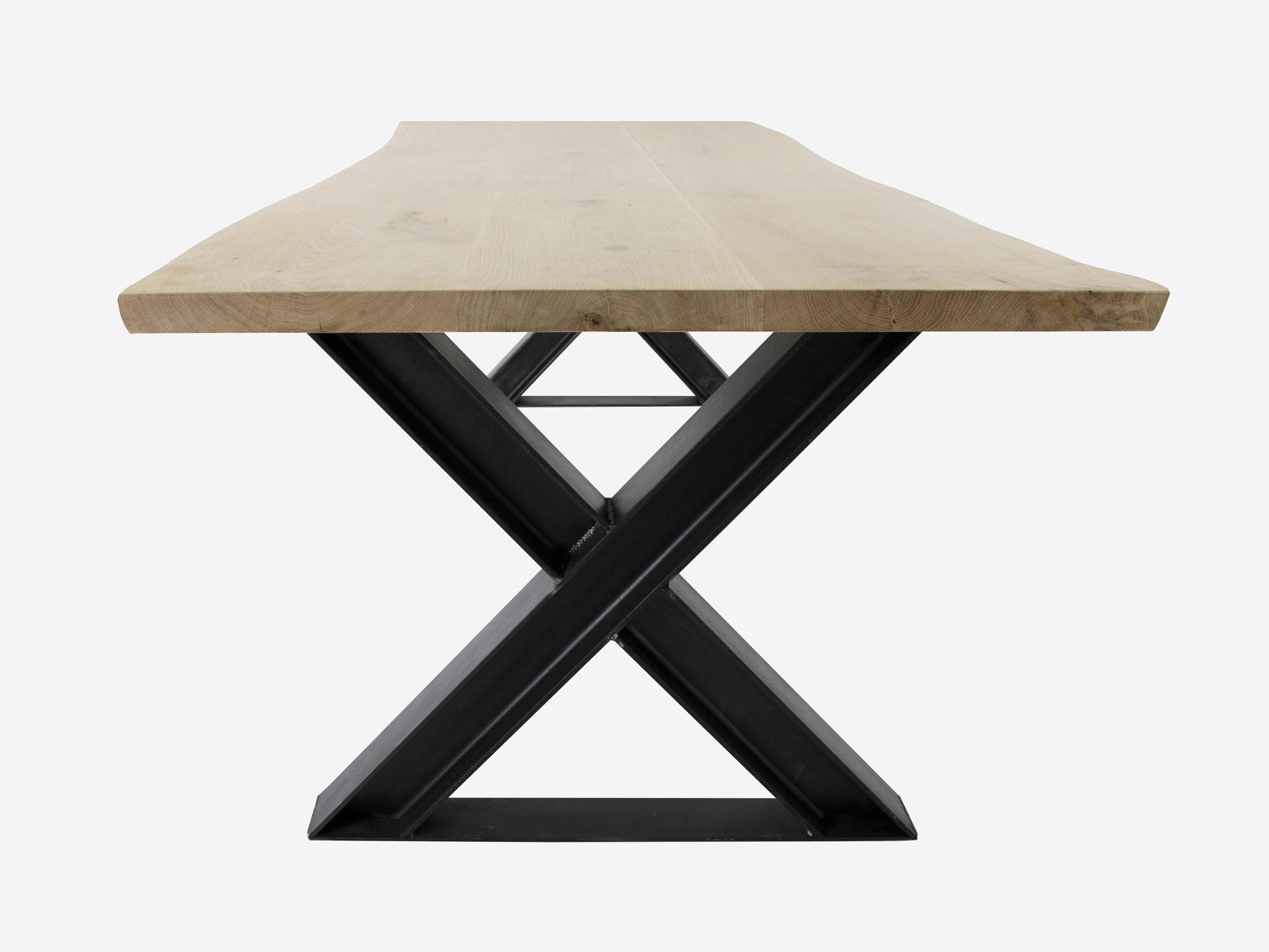 Stalen onderstel tafel laten maken tafel teun steigerhout en
