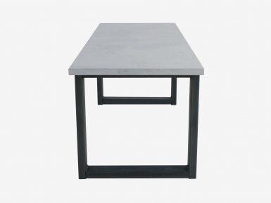 Industriele betontafel Uno op maat gemaakt